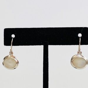 925 Sterling Silver Mother of Pearl Shell Earrings